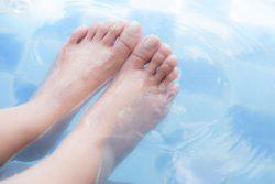Hyperthermisches Fussbad kann die Abwehrkraft steigern