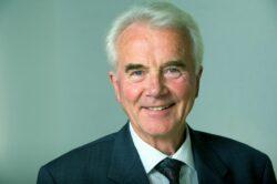 Prof. Claus Leitzmann erklärt, wie uns Nahrung heilt